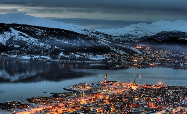 Vista de la localidad de Mo i Rana, en el fiordo de Ran. Foto: ArcticBit/virtualtourist.com