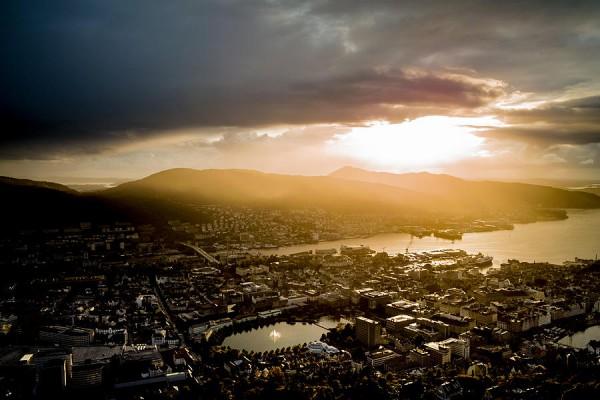 Panorámica de Bergen justo después de una tormenta. Foto: Haakon Soreide
