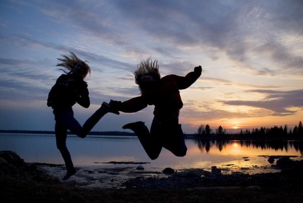 Celebrando el clímax del verano boreal en Suecia. Foto: Sara Ingman/imagebank.sweden.se