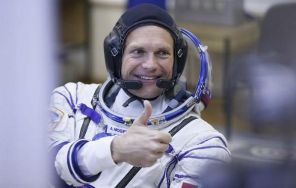 El astronauta Andreas Mogensen, momentos antes de partir hacia la Estación Espacial Internacional. Foto: EFE