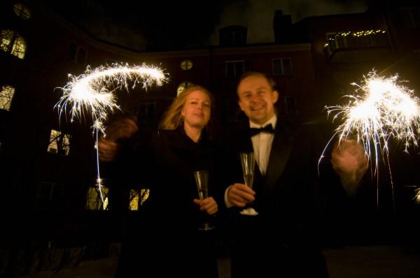 Brindando en Estocolmo antes de las campanadas de Skansen. Foto: helena Wahlman/imagebank.sweden.se